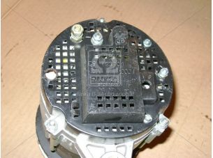 Генератор МТЗ 80,82,Т 150КС 28В 1кВт доп. вывод (пр-во Радиоволна) Г994.3701-1