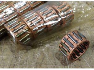 Сепаратор нижней головки шатуна   ВОСХОД, МУРАВЕЙ   (красный) (Индия)   ADR
